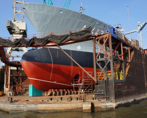 Commercial antifouling hull coatings provide protection and cut overall costs