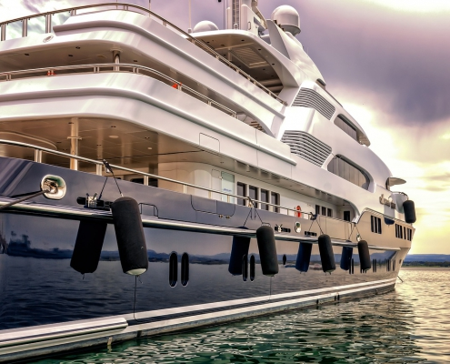 Learn how to get the very best finish for your yacht with yacht paint